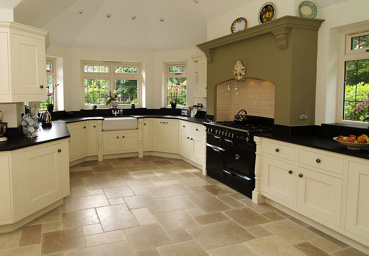 Reflection of flooring kitchen flooring ideas for Country kitchen flooring