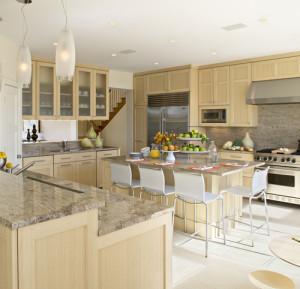 Astoria granite with oak cabinets
