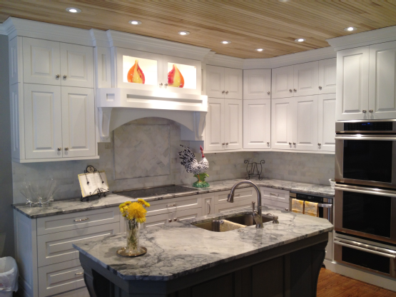 White Fantasy Granite Cabinets Backsplash Ideas