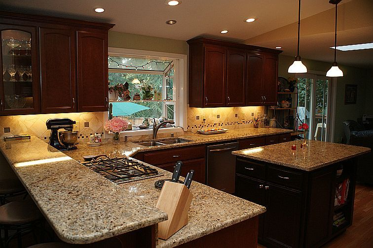 What Color Kitchen Cabinet Match Giallo Napoli Granite