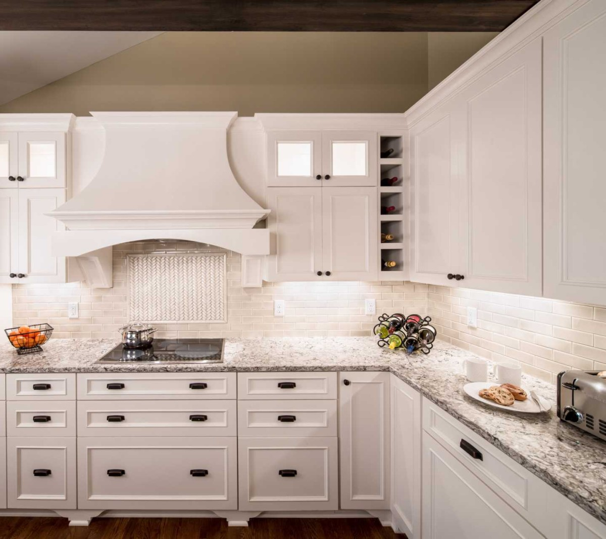 Cambria Bellingham White Cabinets Backsplash Ideas