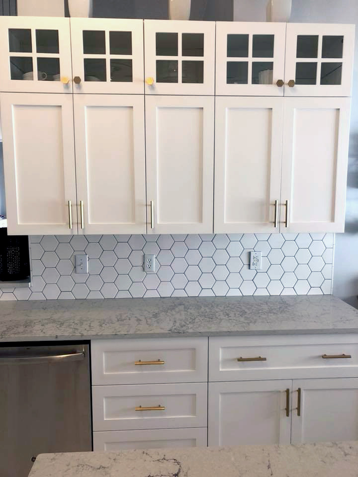 White honeycomb backsplash with Mountblanc Quartz Kitchen Countertop in white kitchen